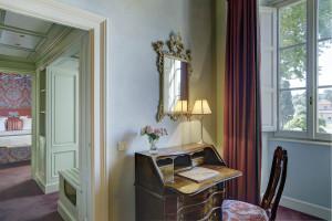 Suite Exclusive, living room II