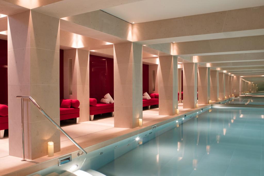 La Reserve Paris - Pool & Spa