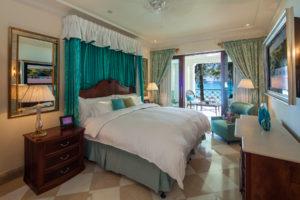 Luxury Dolphin Room