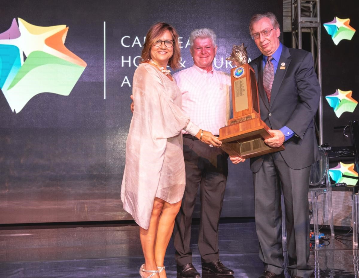 Calabash's Leo Garbutt Named 2020 Hotelier of the Year