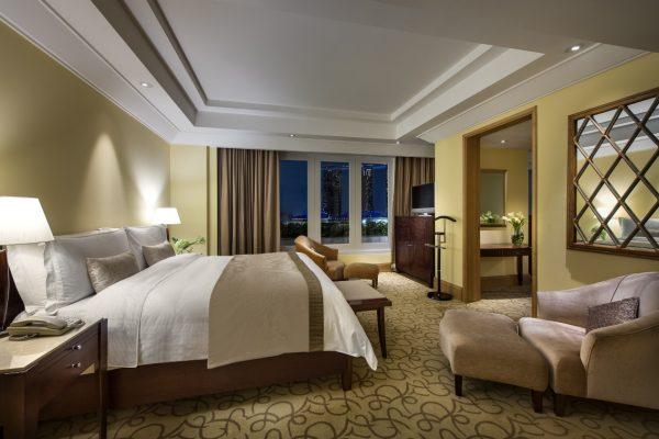 62642603-H1-Palladian_Suite_Bedroom