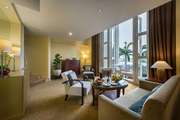 62642683-H1-Loft_Suite_Living_Room